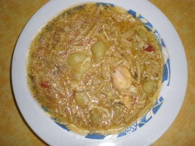 piepfb - ▷ Caldo de papas con fideos 🍲 🥔